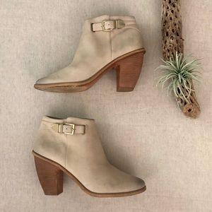 Hinge Heeled Boots sz 11